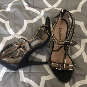Bebe Heels size 6, black and gold